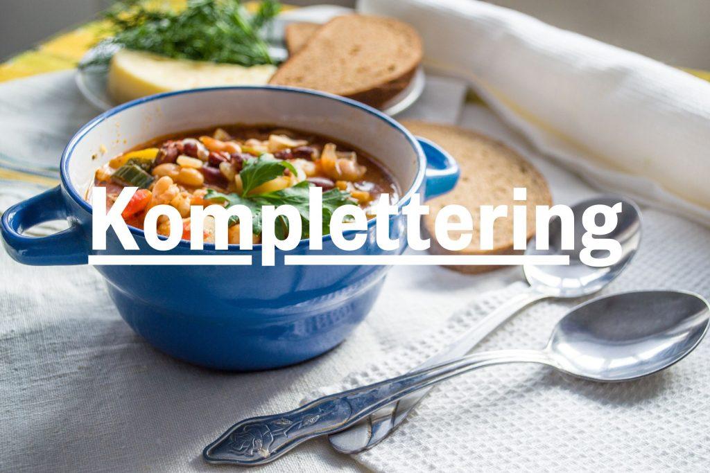 """Bild på skål med gryta och text """"komplettering"""""""